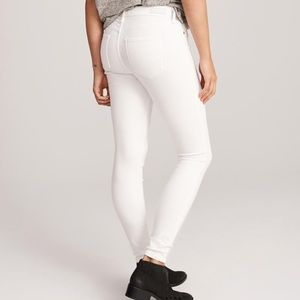 White low-rise skinny jeans